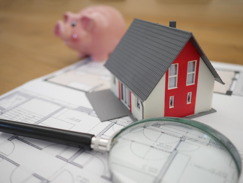 How to Estimate the Costs of a Property Sale or Purchase